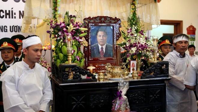 Hàng nghìn người tiễn đưa ông Nguyễn Bá Thanh lần cuối