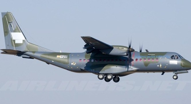 Máy bay vận tải C-295M thứ hai của Không quân VN bay thử nghiệm