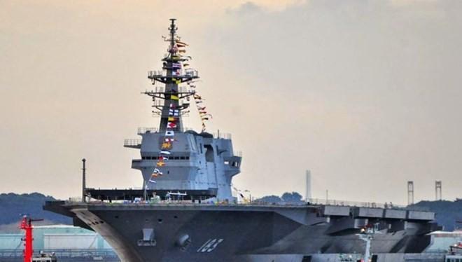 Tàu khu trục chở trực thăng lớp Izumo của Nhật Bản được đánh giá là đối thủ đáng gờm với Hải quân Trung Quốc.