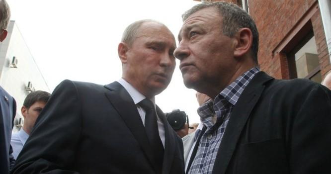 Tỷ phú Arkady Rotenberg được cho là có mối quan hệ thân tình từ thời trai trẻ với tổng thống Putin. Ảnh: Bloomberg