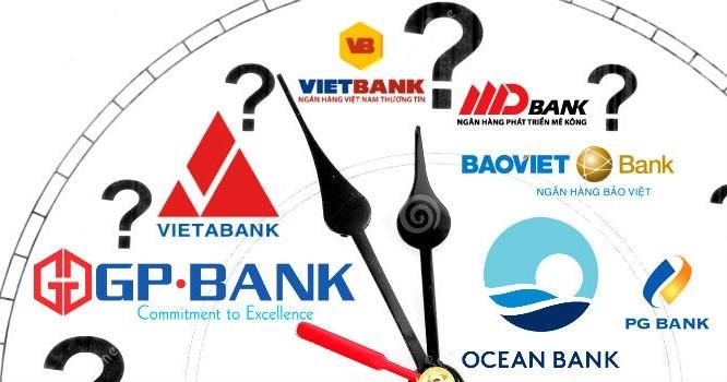 """Những ngân hàng Việt """"sống"""" trong im lặng"""