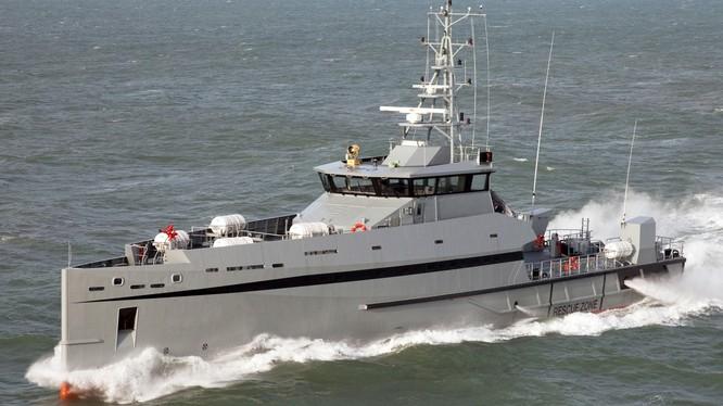 Tàu tuần biển lớp Metal Shark DEFIANT