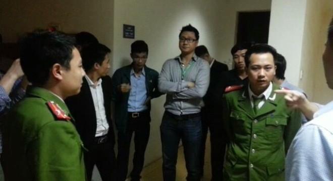 VPBank trả lại nhà dân với sự chứng kiến của Viện Kiểm sát