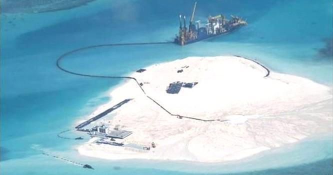 """Nghị sỹ Mỹ nói việc Trung Quốc xây đắp đảo là """"nguy cơ lớn"""""""