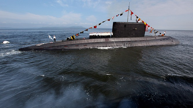 Tàu ngầm lớp 636.3 Varshavyanka sẽ được triển khai tại Crimea. Ảnh minh họa Sputnik/ Oleg Lastochkin