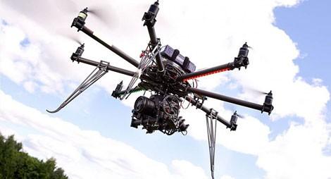 UAV của hãng Desert Wolf .