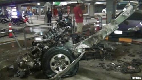 Hiện trường vụ nổ bom ở Samui, Thái Lan. Ảnh: AP