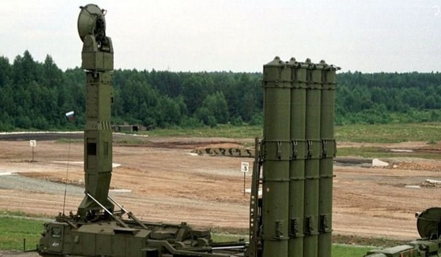Hệ thống tên lửa S-300. (Nguồn: Itar-tass)