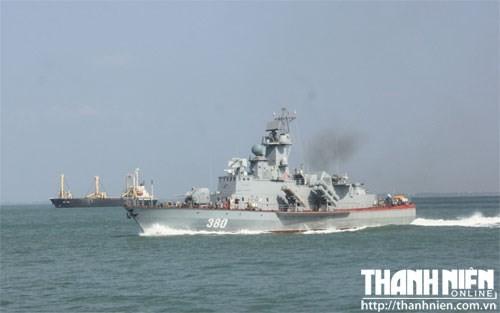 Tàu tên lửa Molnya số hiệu 380 do Việt Nam đóng đã được nghiệm thu thành công