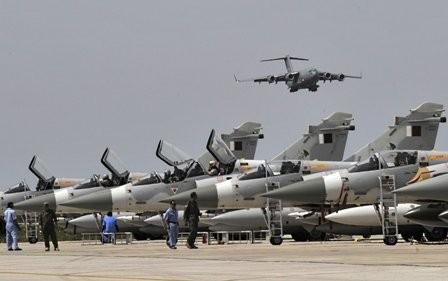 Qatar đang tìm cách để mua F-15 nhằm thay thế cho loại Mirage đang lão hóa do Pháp sản xuất. Ảnh: AFP