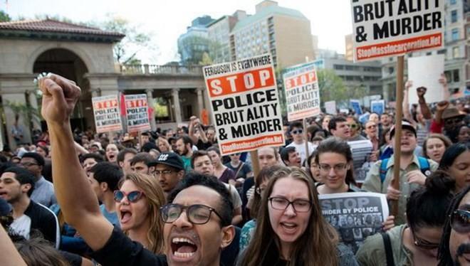 Biểu tình diễn ra tại Quảng trường Liên minh ở New York. (Nguồn: nydailynews)