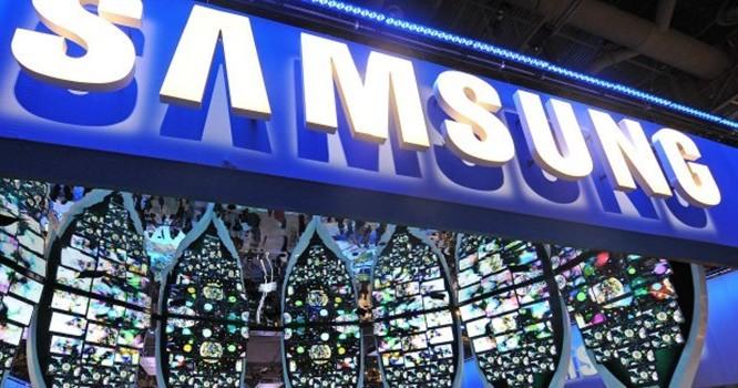 """Lợi nhuận quý I của Samsung giảm """"thê thảm"""" do cạnh tranh với Apple"""