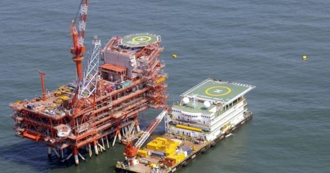Các dự án thăm dò dầu khí đầu tiên của Ấn Độ ở Việt Nam khởi sự từ năm 1988, với sự tham gia của Tập đoàn Khai thác Dầu khí Ấn Độ ONGC. Ảnh Reuters