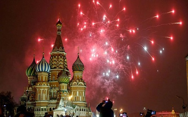 Phương Tây tránh Ngày Chiến thắng, người Nga giận dữ