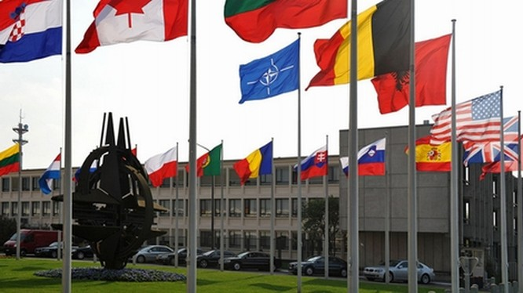Vì sao NATO khiếp sợ Nga?