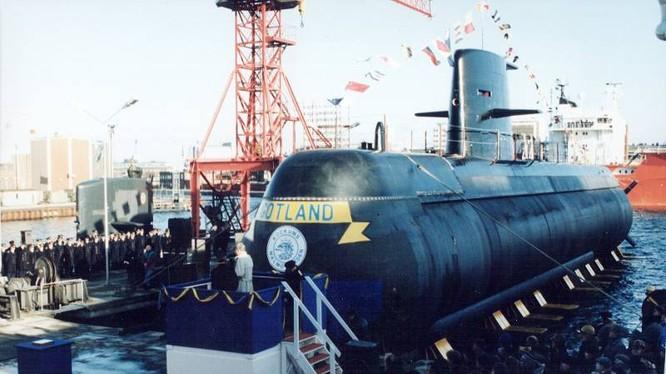Một mẫu tàu ngầm lớp Kockums tại xưởng của công ty hàng không vũ trụ và quốc phòng Saab AB, Thụy Điển. Ảnh: WSJ