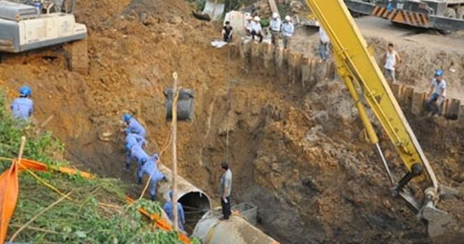 Đường ống nước Sông Đà vỡ 10 lần: 2 nguyên Giám đốc bị bắt