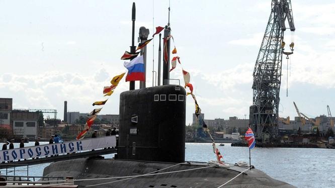 [Infographic] Các mẫu tàu ngầm đang phục vụ trên thế giới 2015