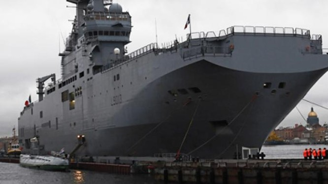 """Bất chấp NATO, Pháp vẫn """"rộng cửa"""" cho Nga"""