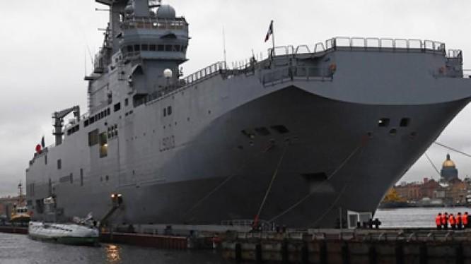 Số phận khốn khó của tàu đổ bộ trực thăng Mistral