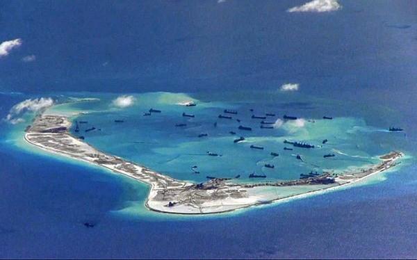Ảnh Trung Quốc ồ ạt bồi đắp đảo, chụp từ trên máy bay trinh sát chống ngầm P-8A Mỹ
