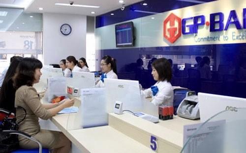 Đình chỉ chức vụ đối với một loạt sếp GP.Bank