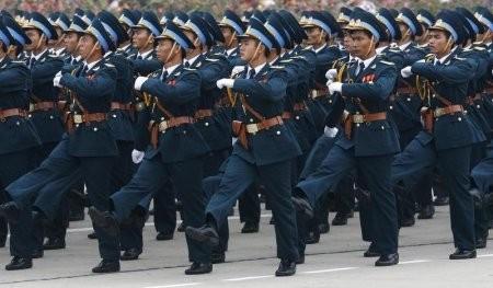 Không quân Việt Nam diễu hành