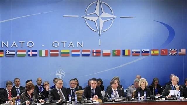 NATO: Các thành viên Đông Âu phải tự lo nếu bị tấn công