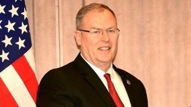 Thứ trưởng Quốc phòng Mỹ Robert Work - Ảnh: A