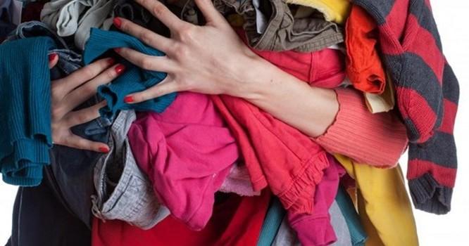 Vén một phần ngành công nghiệp quần áo từ thiện
