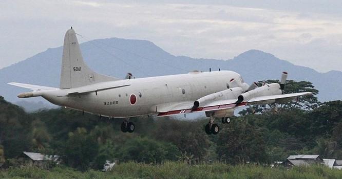 Máy bay P3-C Orion của Nhật cất cánh từ đảo Palawan-Philippines. Ảnh ngày 23/06/2015. Reuters