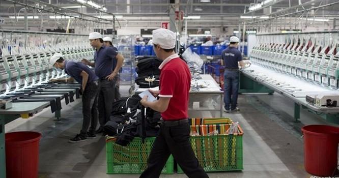 Một nhà máy sản xuất quần áo tại tỉnh Bình Dương