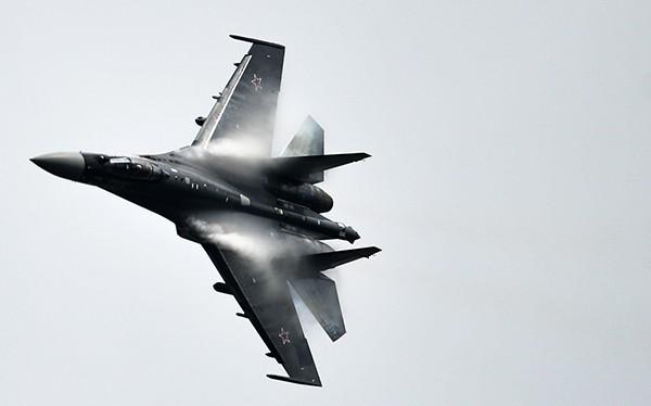 Máy bay chiến đấu thế hệ 4++ Su 35