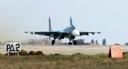 """Hải quân Nga triển khai phi đội chiến đấu cơ """"vô đối"""""""