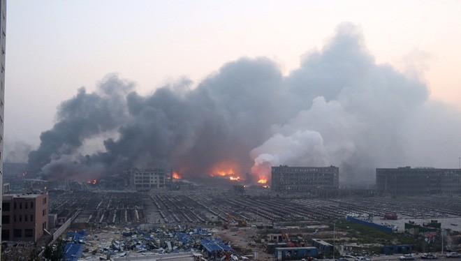 1.000 ôtô mới cháy đen vì vụ nổ ở Trung Quốc