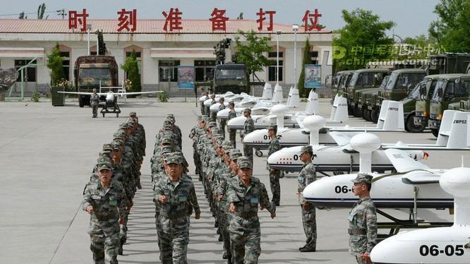 Các drones trong trường huấn luyện bay UAV Trung Quốc