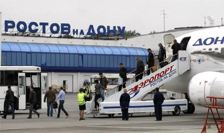 Tưng bừng Flash-mob của tiếp viên sân bay Rostov-on-Don Nga