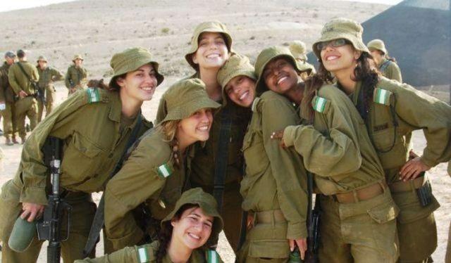 Những nữ binh xinh đẹp Israel
