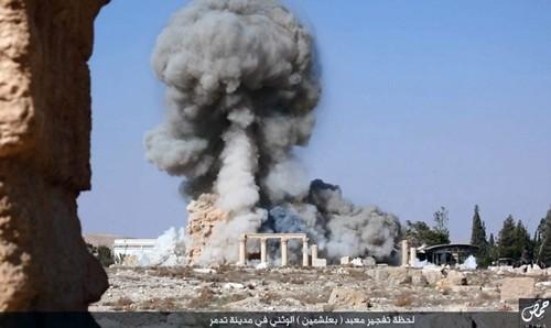 Hình ảnh đền Baal Shamin nổ tung do Nhà nước Hồi giáo đăng tải. Ảnh: AP.