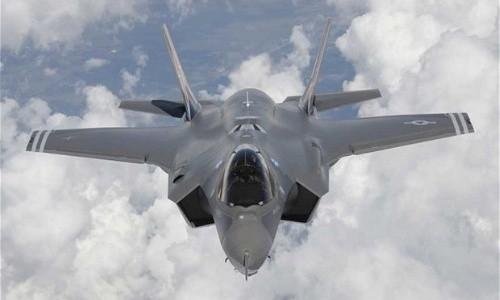 Chiến đấu cơ F-35 Lightning II của Mỹ đang chịu nhiều chỉ trích. Ảnh: AP