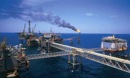 Chuyên gia dự báo kịch bản giá dầu có thể xuống thấp nhất 30 USD cuối năm nay.