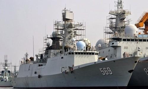 Tàu khu trục nhỏ Type 054A lớp Jiangkai II của Trung Quốc hiện trang bị hệ thống radar Band Stand do Nga sản xuất nhưng được thay đổi một số chi tiết. Ảnh: Jeffhead