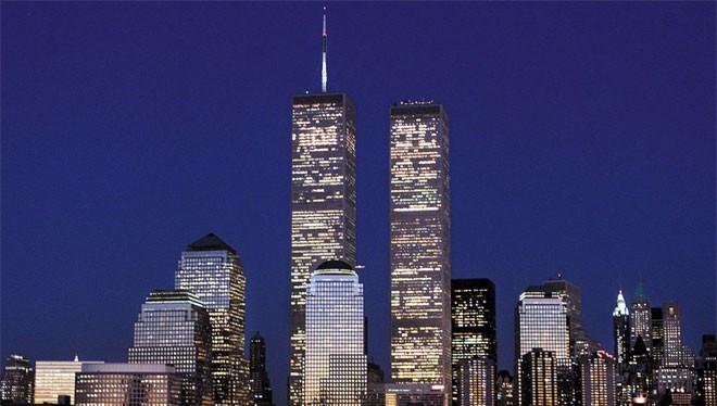 Tòa tháp đôi Trung tâm Thương mại Thế giới (WTC) được xem là một biểu tượng của thành phố New York trong suốt nhiều thập kỷ.