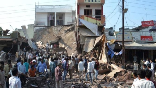 Hiện trường vụ nổ nhà hàng Ấn Độ làm hơn 100 người chết. Ảnh: AP