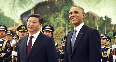 Tổng thống Barack Obama và Chủ tịch Tập Cận Bình gặp gỡ tại Bắc Kinh hồi năm 2014. Ảnh: AP