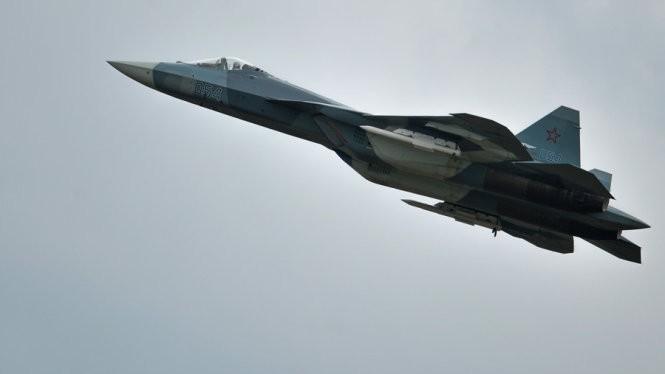 Máy bay phản lực Sukhoi thế hệ mới PAK FA - Ảnh: RIA Novosti