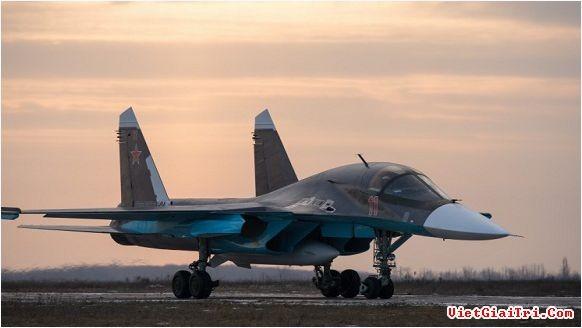 Với máy bay và tăng thiết giáp: Nga sẽ làm gì ở Syria?
