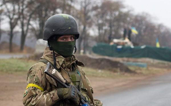 16.000 lính Ukraine đào ngũ khỏi vùng Donbass