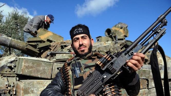 Tổng thống Mỹ Barack Obama đã ra lệnh cung cấp vũ khí cho phe nổi dậy ở Syria - Ảnh: AFP