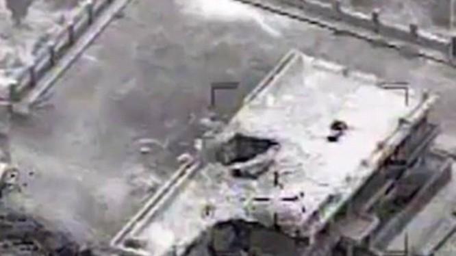 Căn cứ của khủng bố IS bị trúng bom